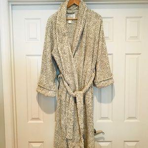 Plush Robe like new